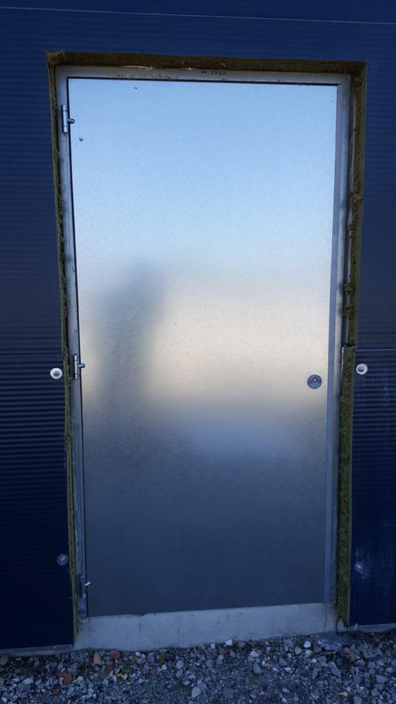 Portes issues de secours CR2 et IE120 à Arsac 2